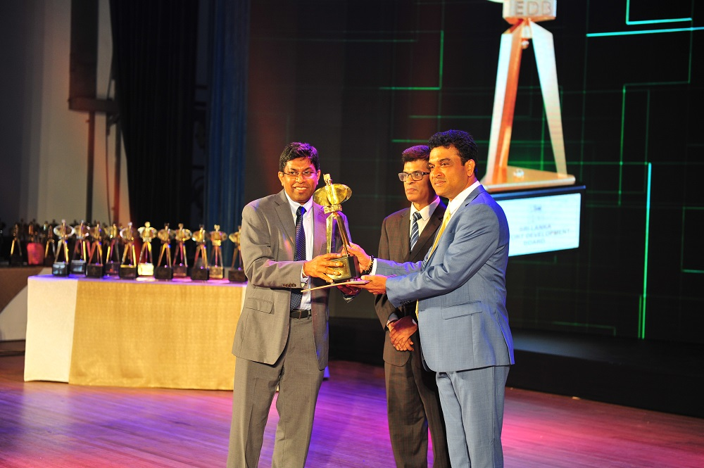 SriLankan Catering wins Presidential Export Award for 3rd Consecutive Year